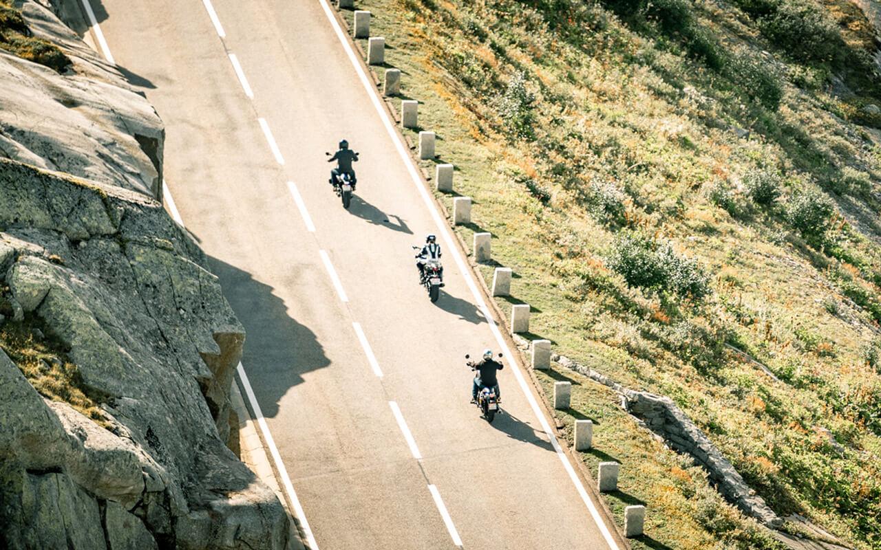 BikeXperts zusammen unterwegs auf dem Grimsel