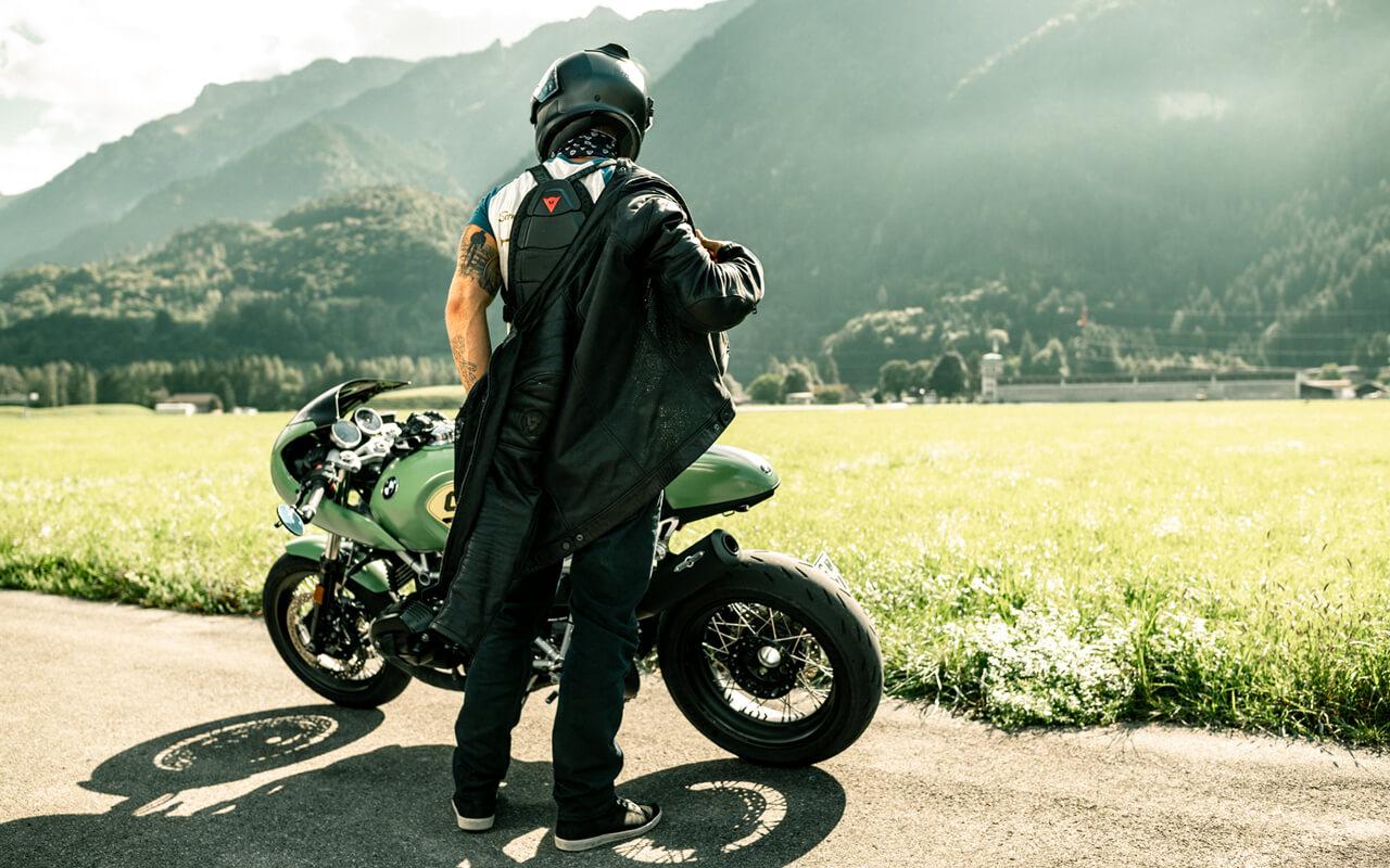 bfu_stayinalive_bikexperts_slider_retina_8.jpg